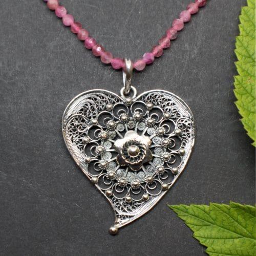 Trachtenschmuck Anhänger Herzerl mit rosafarbener(='' Turmalin) Halskette