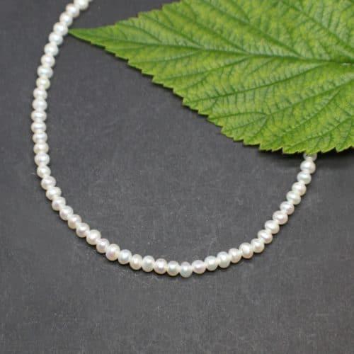 Perlenkette für Trachtengewand