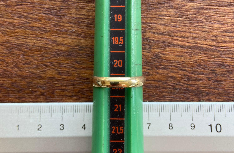 Die richtige Ringgröße ermitteln mit dem Lineal